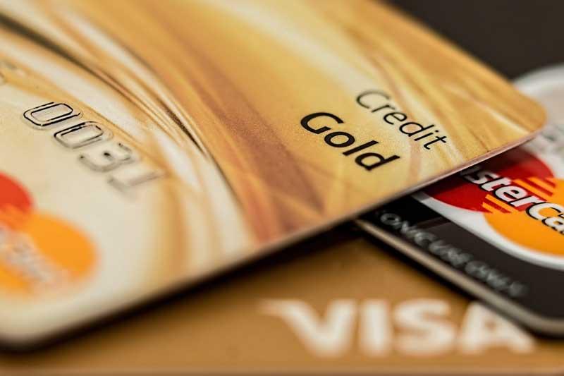 A bankkártyás díjkiegyenlítés elérhető